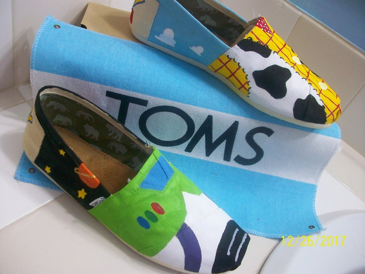 Buzz and Woody Hand Painted Toms! i really want to do this!