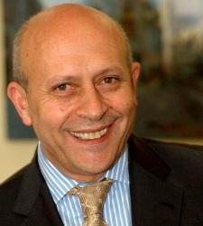 De Guindos deja la puerta abierta a prolongar la subida del IRPF en 2014 - elEconomista.es