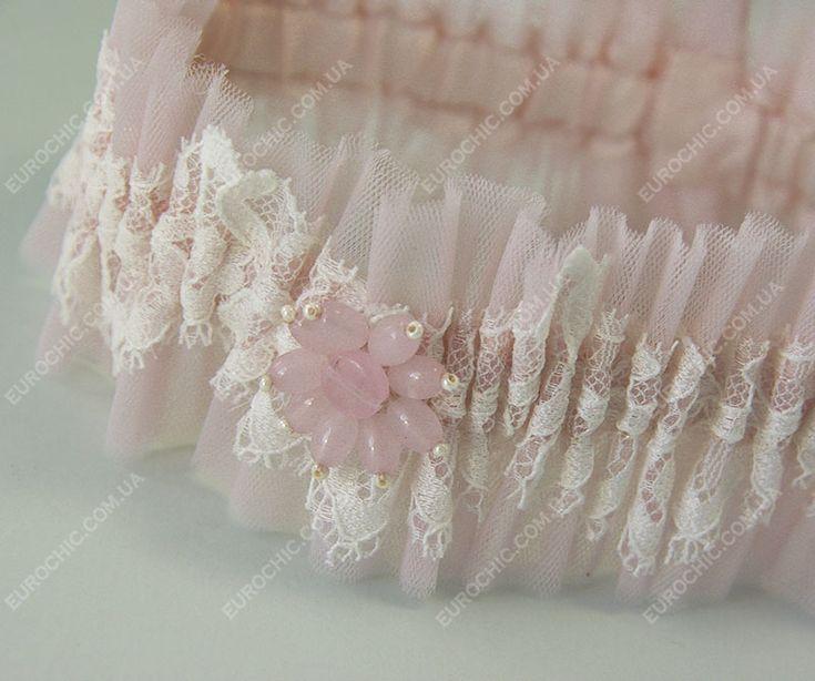 Свадебная подвязка невесты светло-розовая с молочным кружевом, брошь розовый кварц. Набор для свадьбы в пастельно-розовых тонах от Шик Европейский