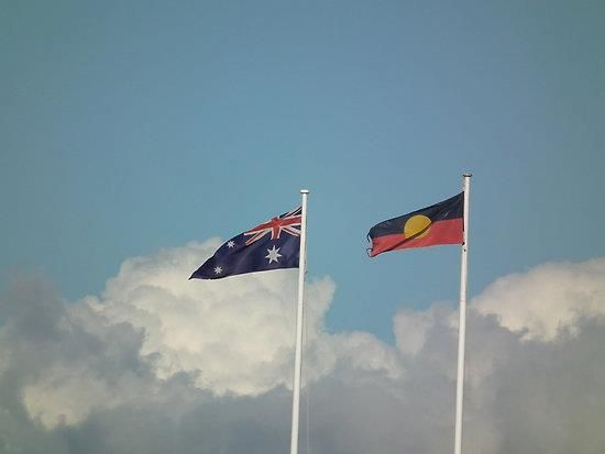 Aboriginal & Australian flags flying together.