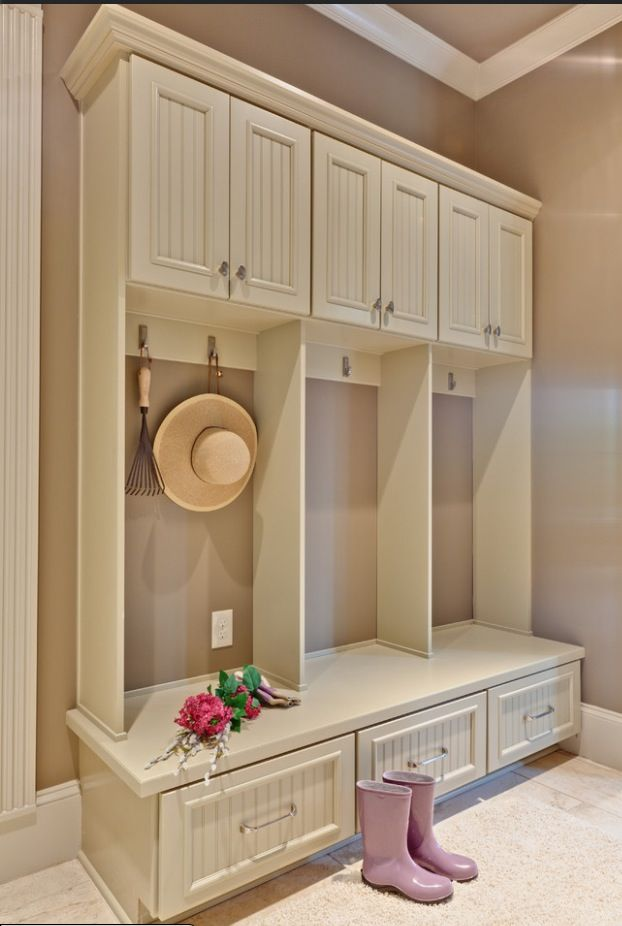 Like the ratio of hanging space with a bit longer cabinet about vs. and open space for basket and cabinet??
