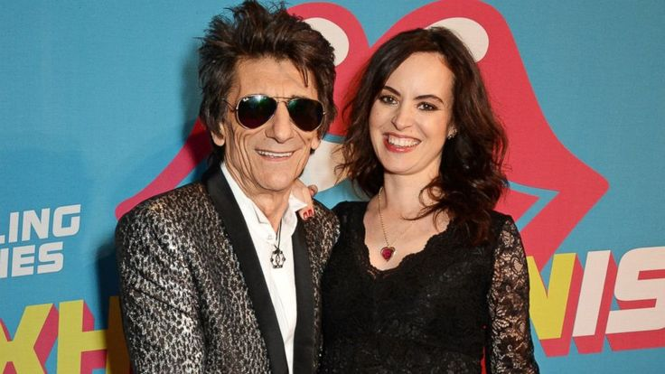 Rolling Stone Ronnie Wood's Wife Gives Birth to Twin Girls #iNewsPhoto
