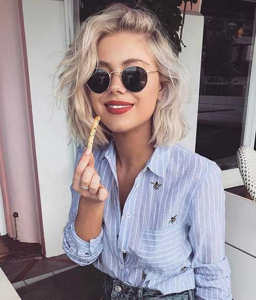 Wavy hair is looking really good on bob hairstyles. They are the biggest hair trend and many women like these two together.Bob Hairstyles for women 2017 new