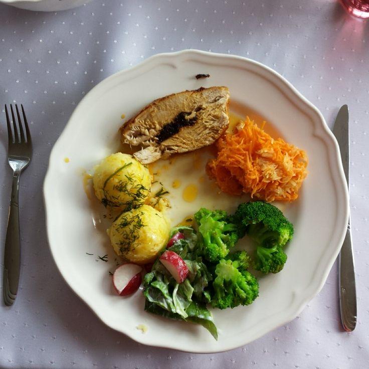 Pierś z indyka / Turkey breasts with plums / Dinner