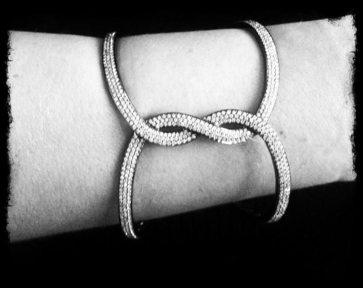 I love this bracelet By DANELIAN !!