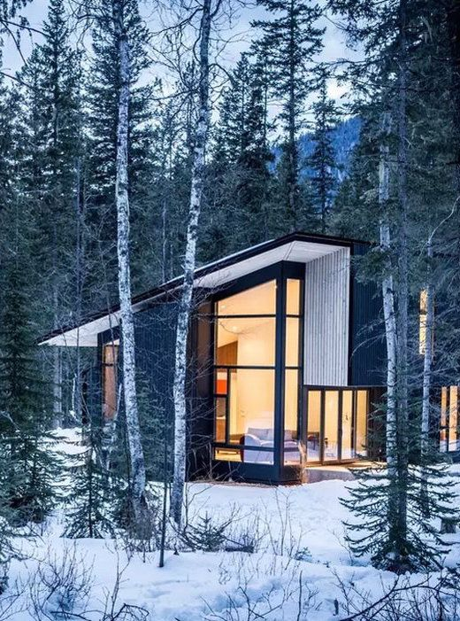 9 of the Most Luxurious Airbnb Cabins Around the World