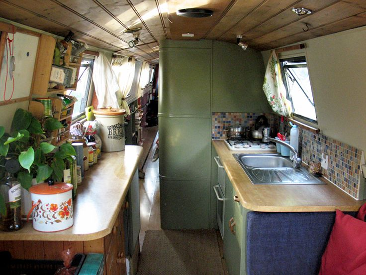 Lovely 65' narrow boat