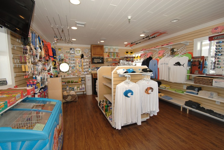 Easy, Convenient, On-site Ships Store with Live bait & Fuel Dock with gas & diesel. Regatta Pointe Marina, Palmetto FL