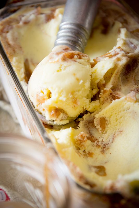 Apple Pie Ice Cream | Healthy Seasonal Recipes @Katie Webster