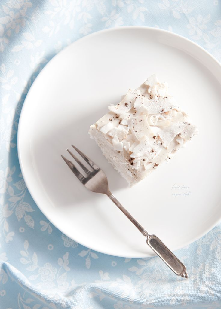 "Vegan coconut-vanilla millet ""cheesecake"" (no-bake)"