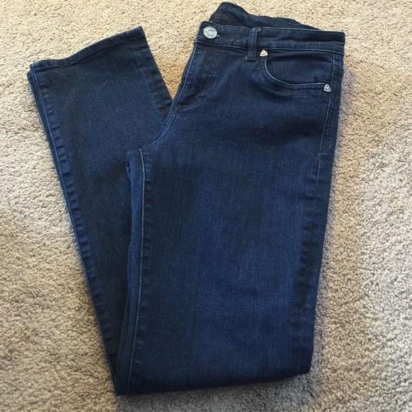 KUT dark denim jeans. Like new! Great condition, no flaws, dark blue denim, front and back pockets. KUT Pants Straight Leg