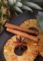 Ananas poêlé à la cannelle, une recette à servir tiéde pour en ressortir tout les parfums