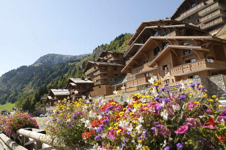 Leuk appartement voor zes personen te huur aangeboden in de Alpen van Frankrijk.   Om precies te zijn is deze vakantiewoning te vinden in Le grand-Bornand.