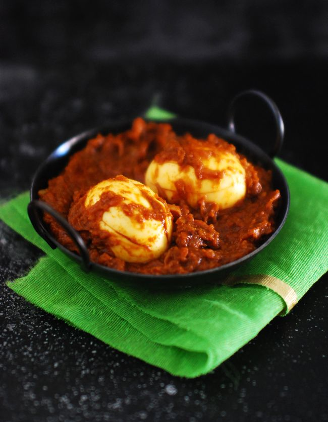 Save Print  Egg Roast    Author:Maria Jose Martin  Recipe type:Side Dish  Cuisine:Indian, South Indian, Kerala      Serves:3-4    Ingredients  Egg - 4 ( boiled ) Crushed ginger & garlic - 1 tablespoon each Green chilli - 2 slit lengthwise Onion - 2 medium, finely sliced Tomato - 1 big, sliced Chilli powder - 1 tablespoon Coriander powder - 2 tablespoon Turmeric powder - ½ teaspoon Garam Masala - ½ teaspoon Oil - I used coconut oil Salt - to taste Hot Water - ½ - 1 cup Curry leaves…