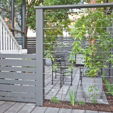 how to build a wire fence with metal posts