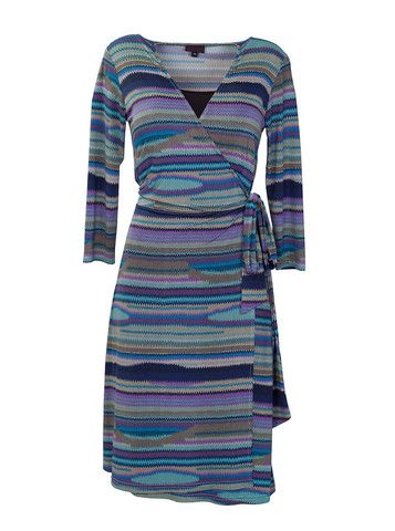a perfect nursing dress for a perfect new mom