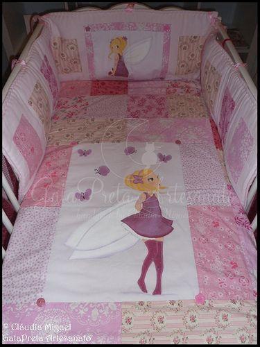 """Conjunto para quarto de bebé """"Blooming Fairies"""": colcha em patchwork, resguardos, almofadas,... - GataPreta Artesanato"""