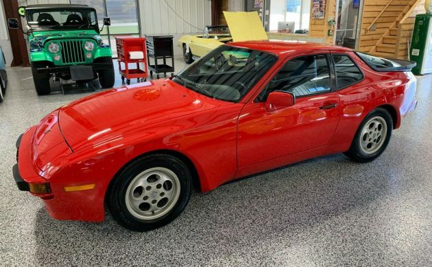 Interior Stripped And Cleaned Up 208lbs Lost 944 Track Porsche Race Bride Germany Stripped Porsche 944 Porsche Drift Cars