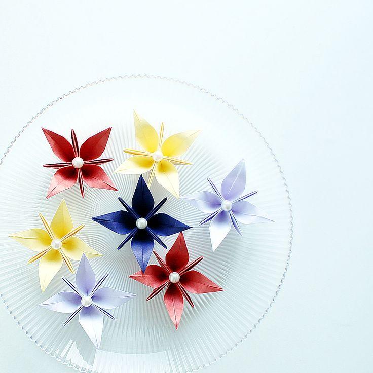 #origamiblume nach dem Wünschen aus #japanpapier #washi #origami #origamiflower #origamiflowers #papierblume #papierblumen #paperflower #paperflowers #origamiblume #origamiart #origamilove #origamilover #origamilovers #origamifun #papierkunst #papierfalten #paperfolding #hochzeitdeko #hochzeitdekoration #weddingdeco #weddingdecor #weddingdecoration #tischdeko #tischdekoration #tabeldecor #tabeldecoration #origamideco #instaorigami #japanshop