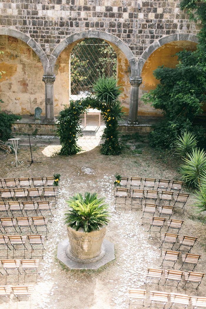 Elizabeth+and+George's+colorful+wedding+in+italy