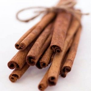 how to make your hair lighter naturally with cinnamon