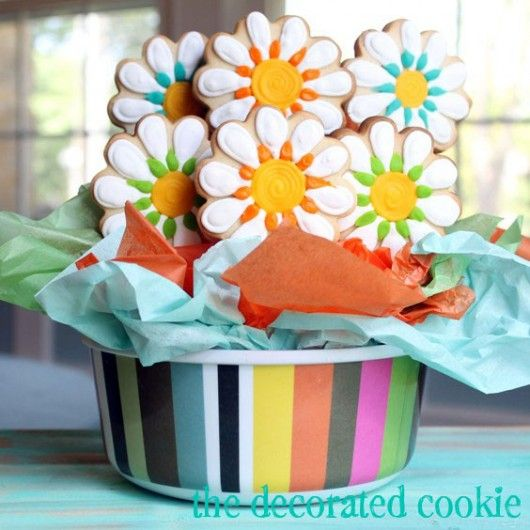 Cookie Arrangement.  I would be so happy if this appeared in my house today!