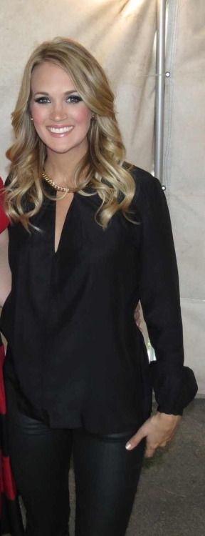 Carrie Underwood is so beautiful