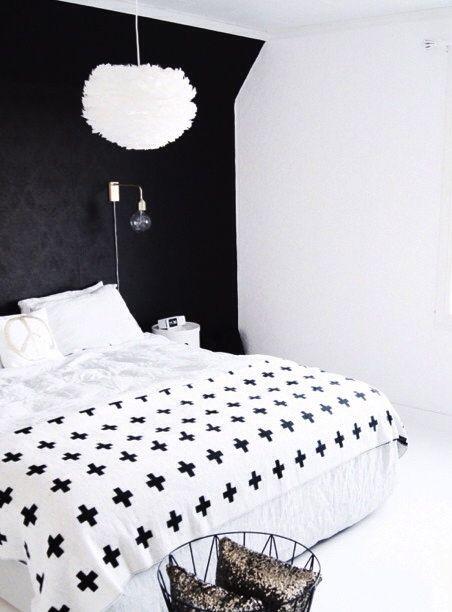 Via Mittlillehjerte | Bedroom | Black and White | Pia Wallen