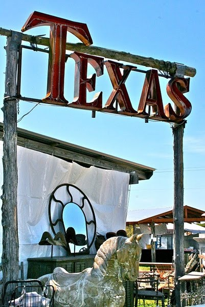Texas...it gets in your blood!! I may not have been born here, but I married a true 100% Texan and I have become one <3