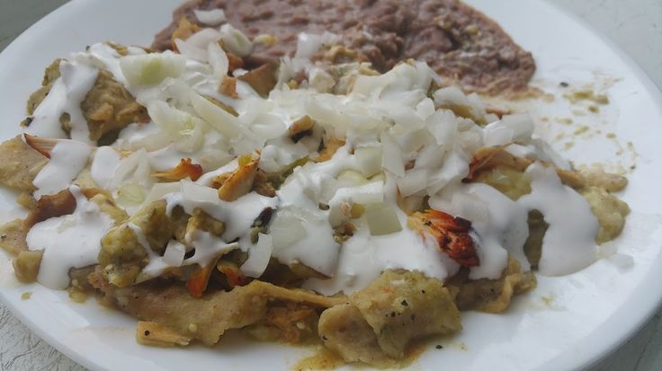 How to make CHILAQUILES verdes - Spicy Latina Mom