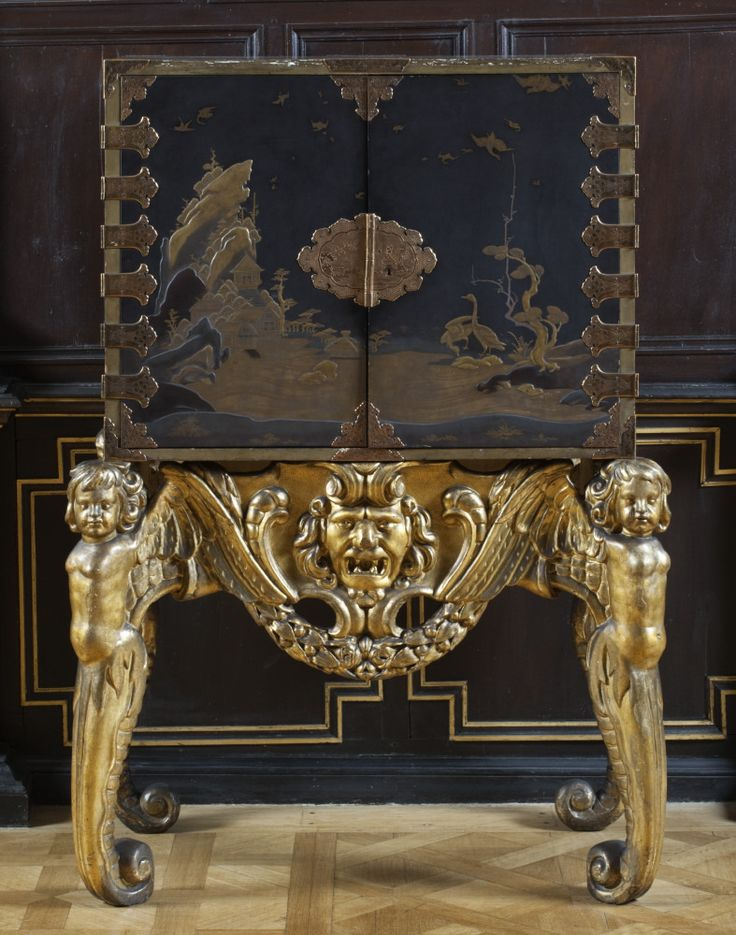 Japanese lacquer cabinet on a Dutch gilt stand, c1630-50, in the Long Gallery at Ham House, Richmond-upon-Thames