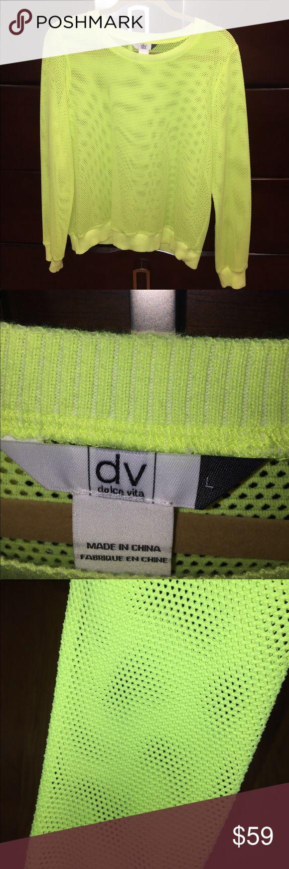 🎉FLASH SALE 🎉 DV long sleeve neon shirt. Size L DV long sleeve neon yellow shirt. Size Large DV by Dolce Vita Tops Tees - Long Sleeve
