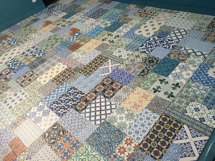 Stratifi fa on patchwork de carreaux de ciments chez - Carreaux ciment saint maclou ...