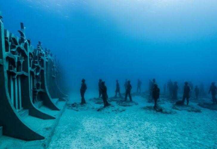 Este museo no es como ningún otro. Está bajo el Océano Atlántico y lo puedes visitar por sólo 9 dólares