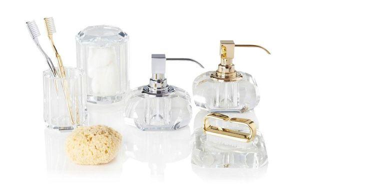 Connaissez-vous la collection d'martina bain KRISTALL signée Decor Walther? http://www.valentedesign.com/distributeur-de-savon/1853/distributeur-de-savon-liquide-kristall-decor-walther