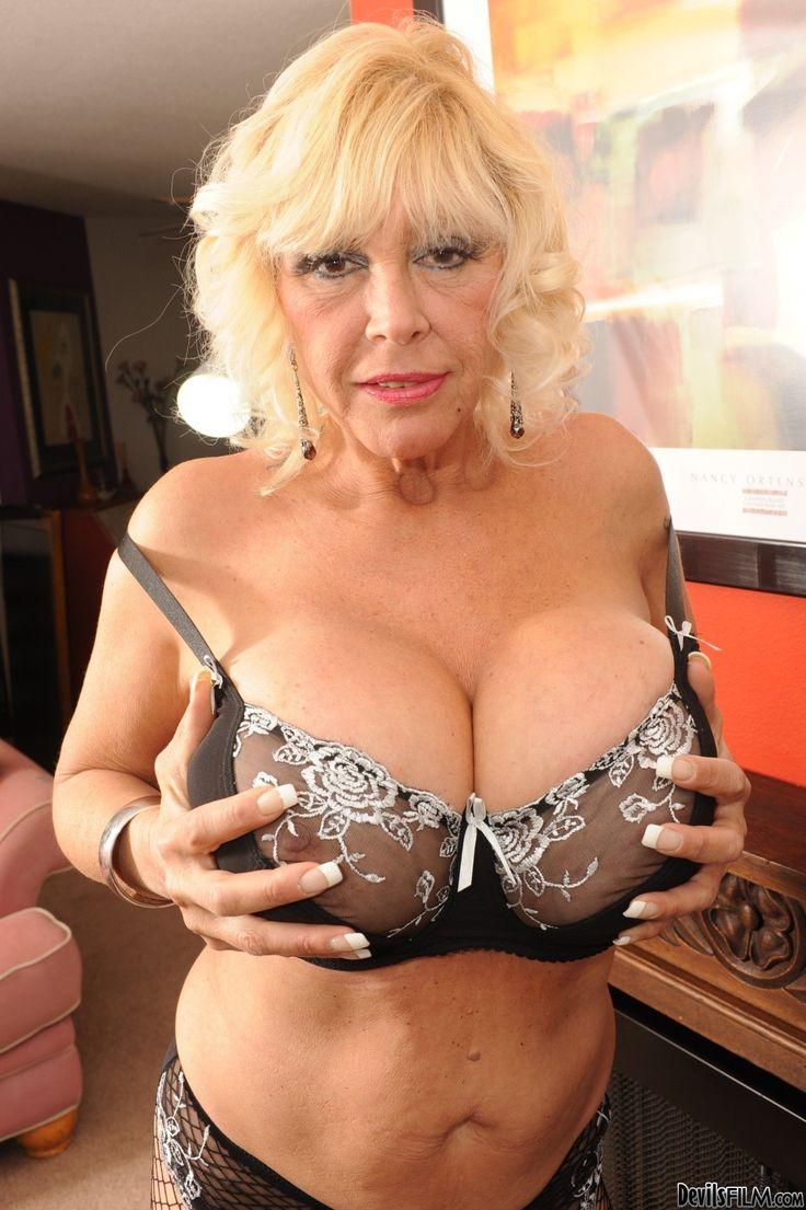 grandma big natural tits