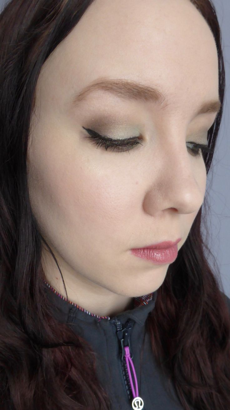 Mint Green Smoky Eye using the Anastasia Beverly Hills Self-Made Palette