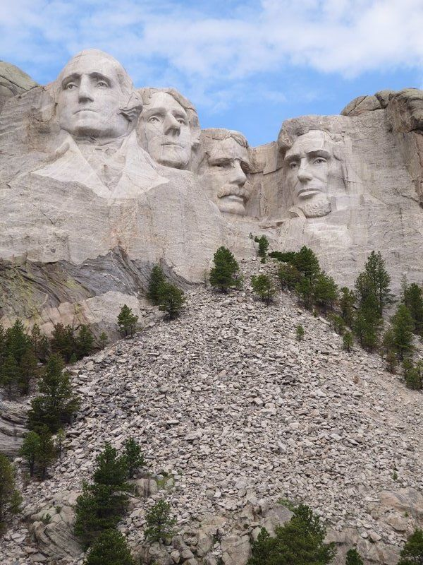 Mount Rushmore National Monument, South Dakota...George Washington, Thomas Jefferson, Theodore Roosevelt and Abraham Lincoln.
