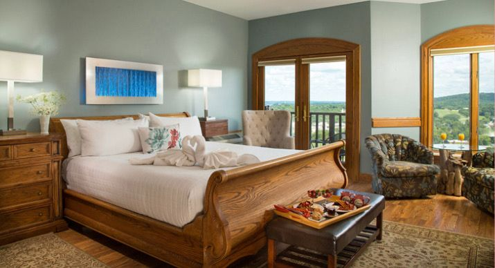 From Luxury Suites To Quiet Country Settings To Treehouses In The Forest Hermann Offers The Very Best In Accommodations W Luxury Suite Suites Accommodations