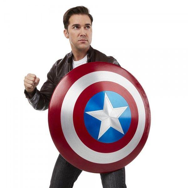 ToyzMag.com » Bouclier taille réelle de Captain America en métal