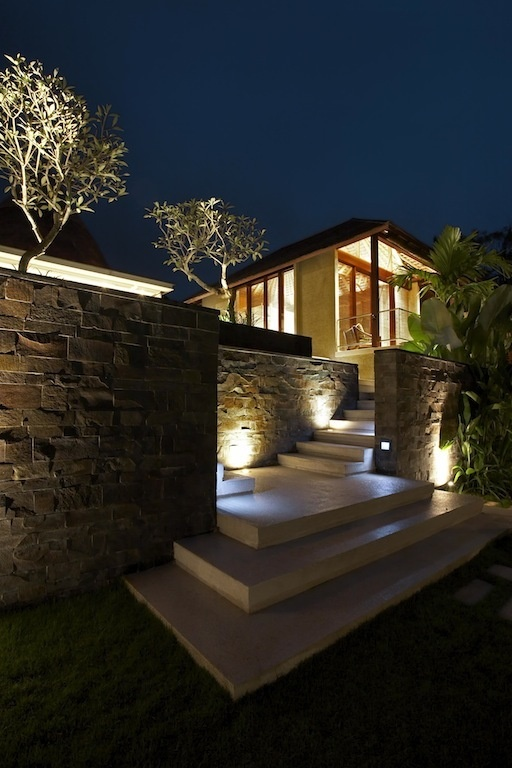 Tukad Pangi Villa in Bali by Hc2 Interior Architects