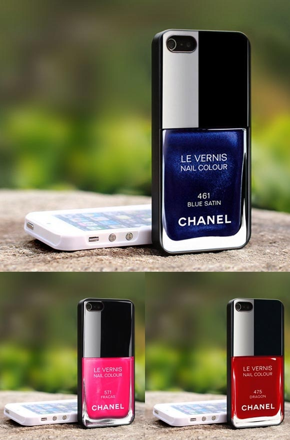 Se você é daquelas que não resiste a um vidrinho de esmalte e acha que ninguém dá a devida atenção a este pequeno frasco, encontramos uma lojinha na Etsy que criou estas capas para iPhone 4 e 5 imitando as embalagens.