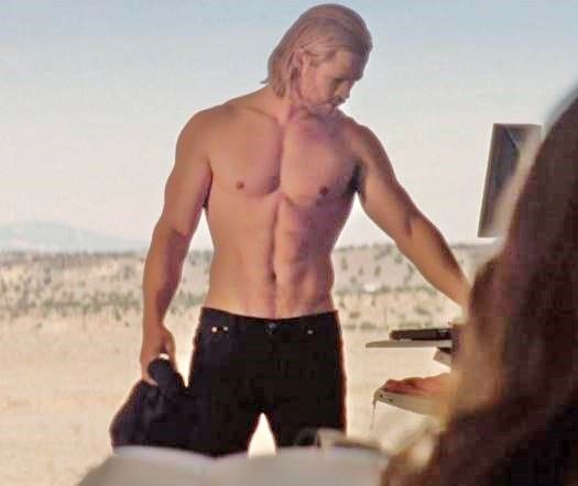 I love seeing guys like Chris Hemsworth without a shirt ...