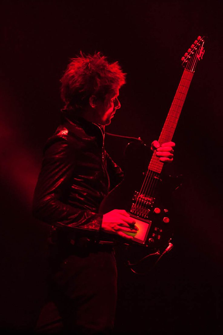 Muse w/ Band of Skulls @ Staples Center - LA Weekly