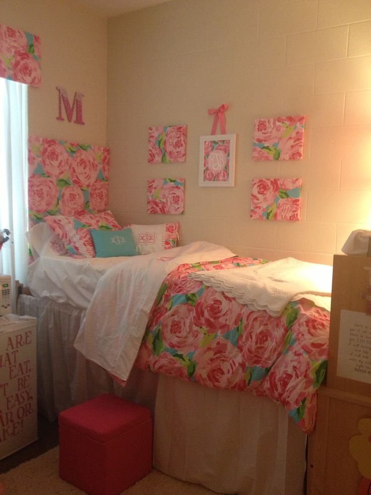 Decorating Ideas > Cute Lilly Inspired Dorm With Headboard, Curtains, Wall  ~ 044206_Dorm Room Headboard Ideas
