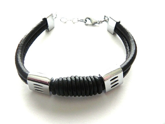 FREE SHIPPING Brown Twist Leather Bracelet  by JaynesJewelsOnline, €5.99