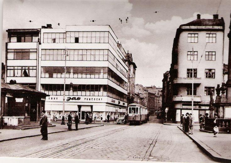Masarykovo náměstí-Dům obuvi Baťa