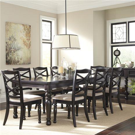 Harlstern Dining Room Set