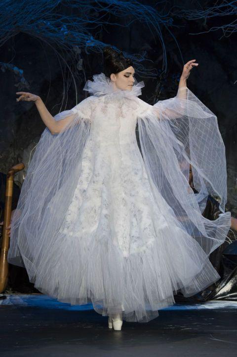 Fabulous collection of  FRANCK SORBIER 2015 dresses (25)