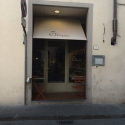 5 e Cinque - Florence, Firenze, Italy. A newly converted vegetarian restaurant. Perfect spot for a cosy evening in a not so touristic place...
